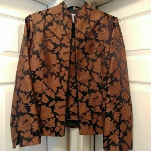 NWOT Gorgeous Mandarin Jacket/Shell